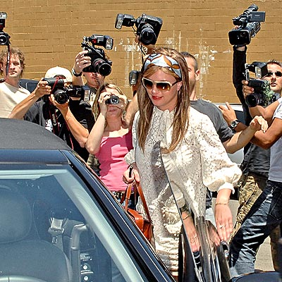 A day in the life of Hollywood paparazzi